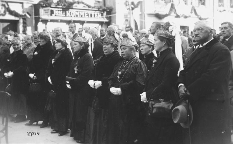 1932 Einweihung Spanheimer Brunnen Klgft